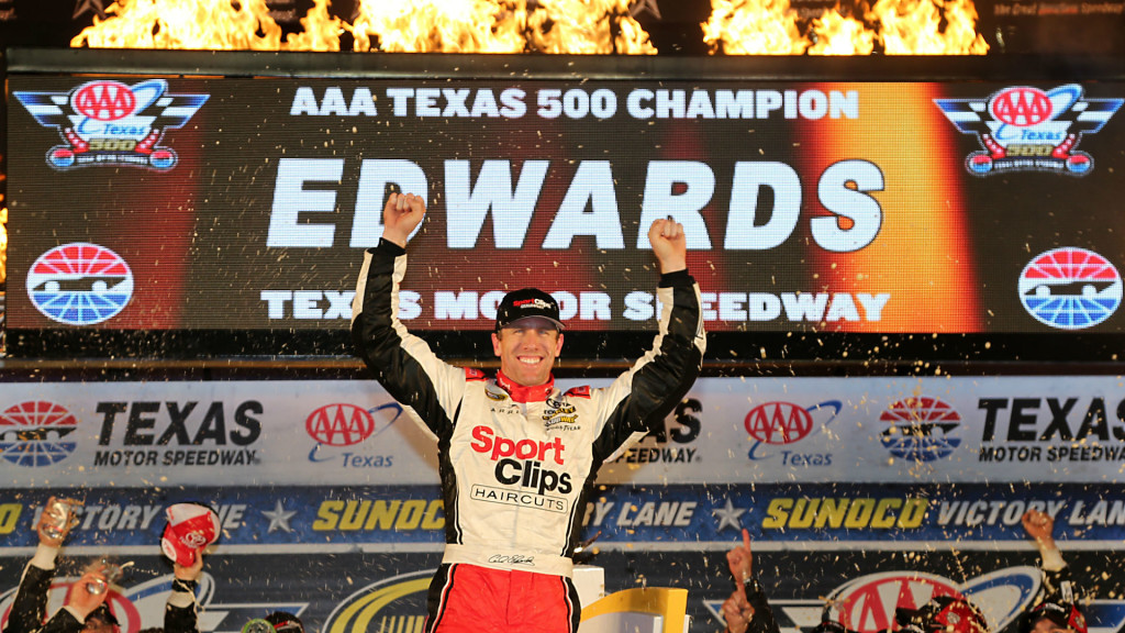 carl-edwards-texas-nascar-sprint-cup-getty-images-ftr-110616_1lrkz4vg6rpv71n2ok45kk1sss